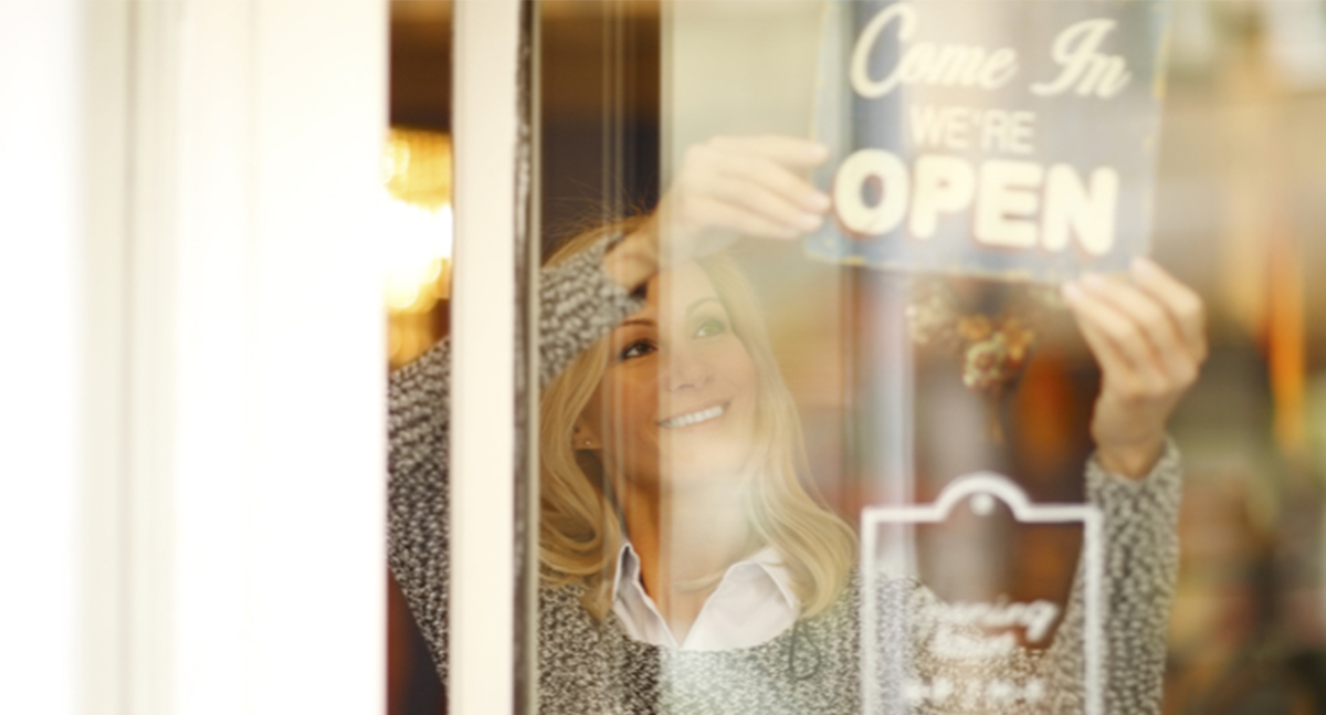 Building Momentum: 7 Ways Custom Signage Can Give Your Business Traction